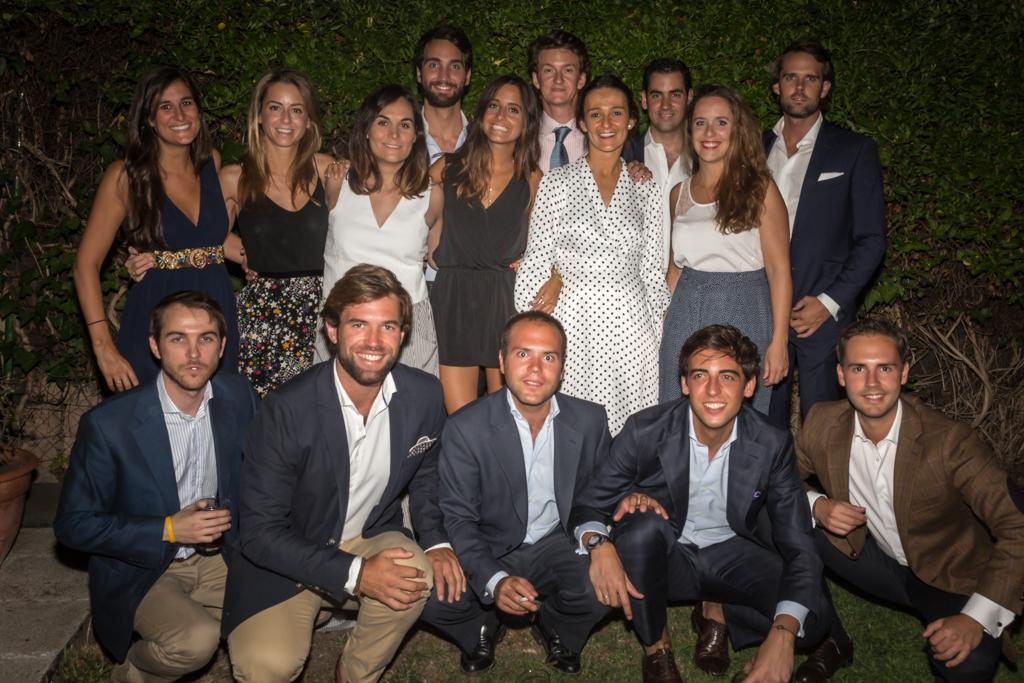 Amigos - Reportaje Pedida de Mano Adriana y Lucas