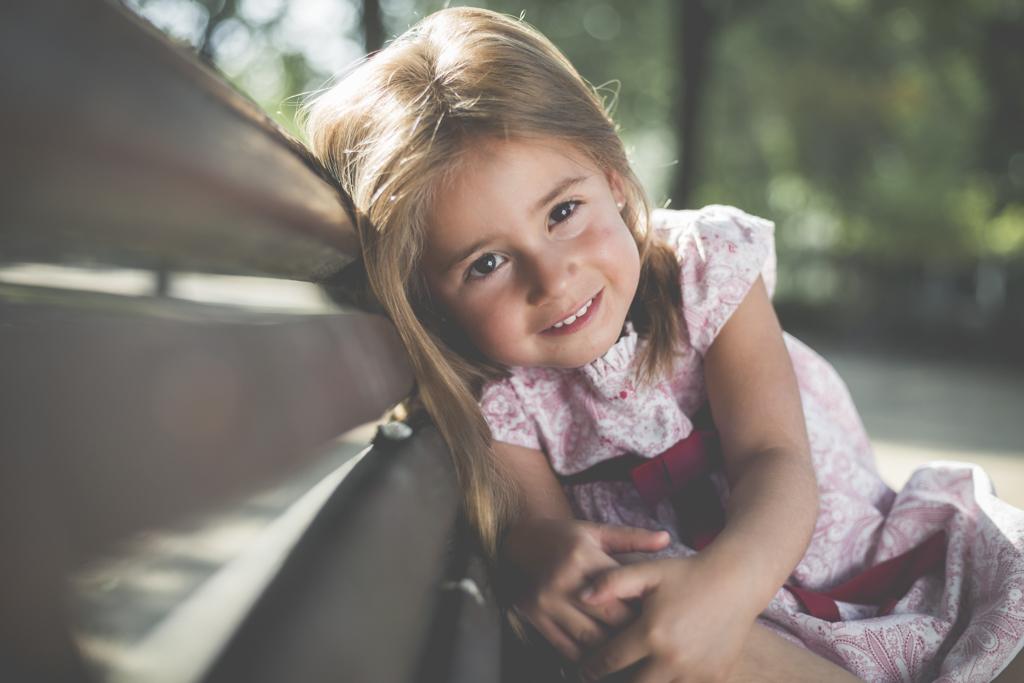 Sesión de Fotografía de Niños en Exteriores - Mencía