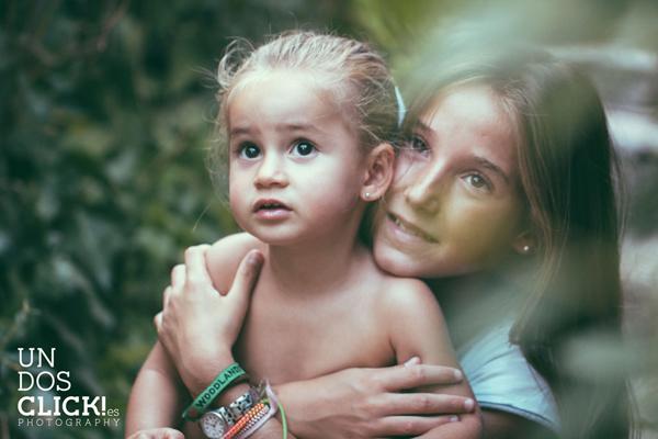 Sesión de Fotografía de Niños en Exteriores - Casilda y Mencía